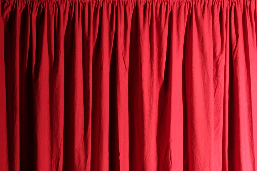 Vorhang aus 150 g/m² Molton-Stoff