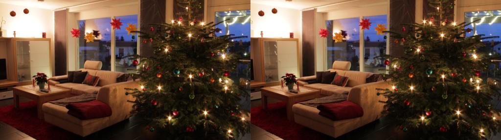 3D Weihnachtsbaum – Bei den Sternen am Fenster sieht man einen leichten Bildfehler, der durch die zeitversetzte Aufnahme entstanden ist