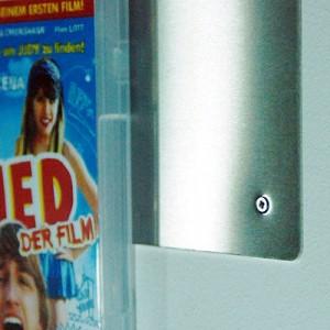 Montage der CD-Wall: kinderleicht mit 4 Schrauben
