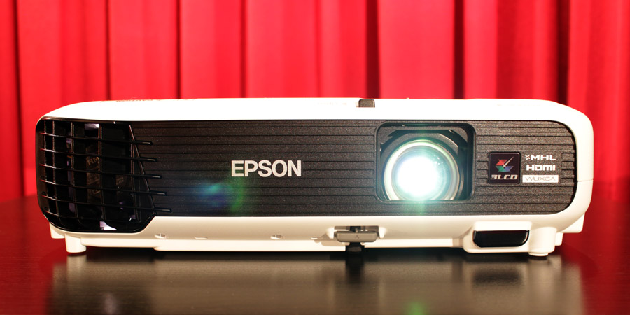 Epson EB-U04 Frontansicht