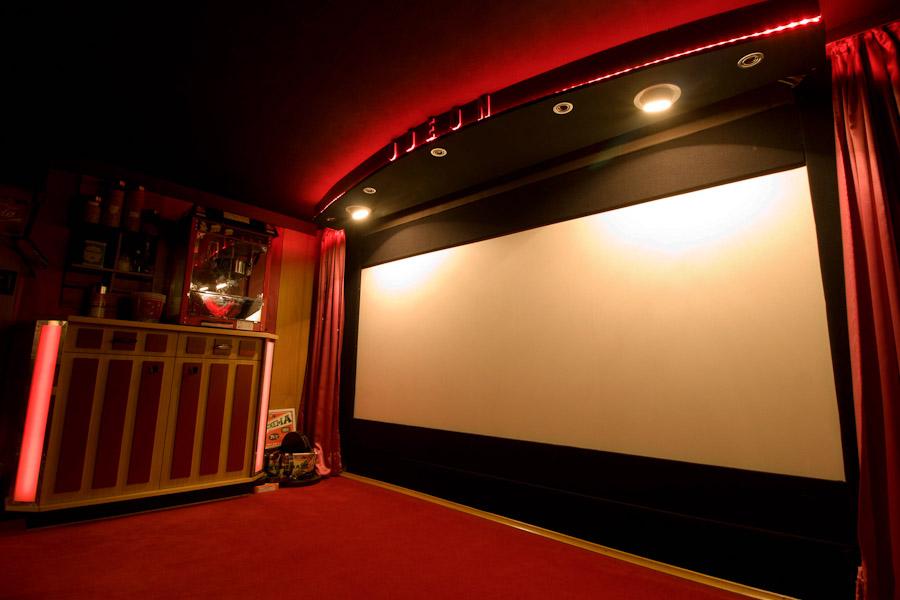 Die Front des Odeon