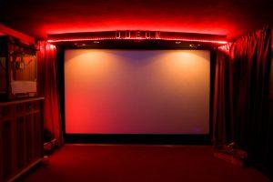 Der Original-Schriftzug des alten Odeon-Kinosaals verleiht der Front ihre besondere Note