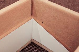 Ein Rahmen für einen Wanddurchlass, Detailansicht einer Seitenwand von innen