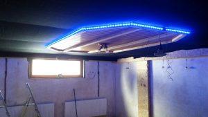 Das Deckenelement mit integrierter LED-Beleuchtung