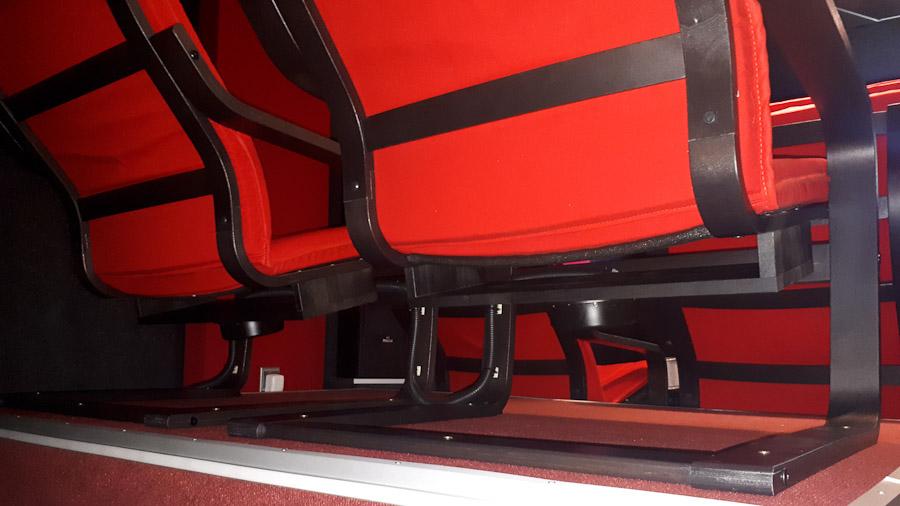 8 blickwinkel platz f r viele g ste auf kleinstem raum heimkino praxis. Black Bedroom Furniture Sets. Home Design Ideas