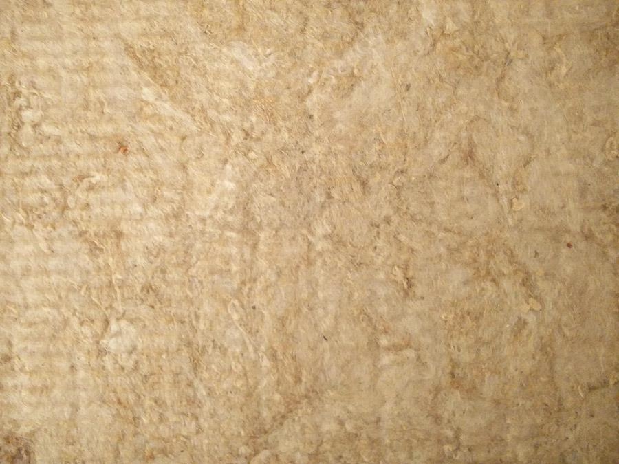 Detailaufnahme von gängigem Absorber-Material: Steinwolle-Fasern von Rockwool Termarock 50.
