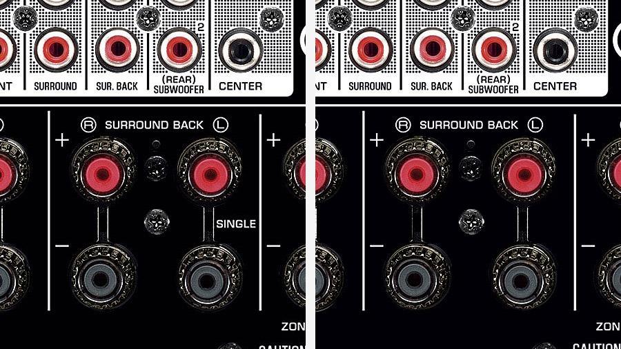 """Vergleich der Surround-Back-Anschlüsse am Yamaha RX-A2070 und RX-A2080. Beim älteren Modell ist ein Anschluss als """"Single"""" gekennzeichnet, beim neueren Modell nicht mehr."""